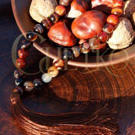 Четки 33 бусины сердоликовый агат с коричневой кисточкой