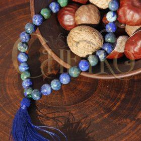 Четки из азурмалахита на 33 бусины шарика 10 мм с синей кисточкой