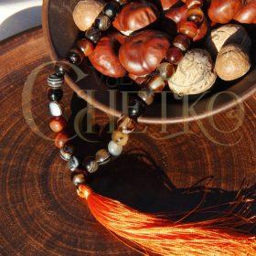Четки из сердоликового агата 33 бусины 10 мм с оранжевой кисточкой