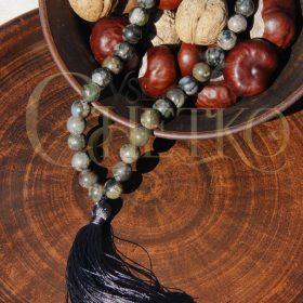 Орион Четки из риолита, яшмы 33 бусины 10 мм с черной кисточкой