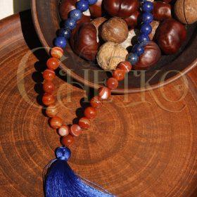 Алая синь Четки из сардоникса и лазурита 33 бусины 10 мм с кисточкой
